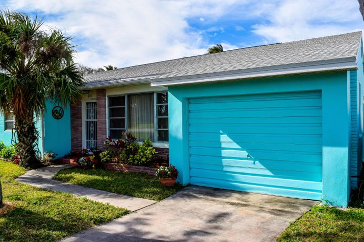 241 Fernandina Street, Fort Pierce, FL 34950