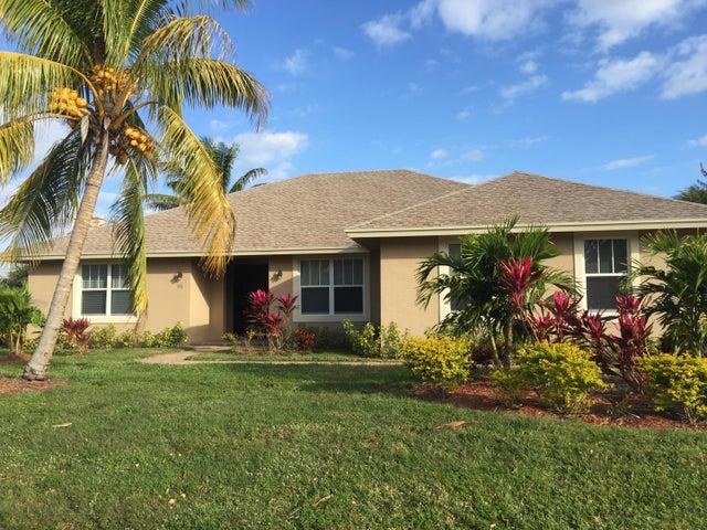 930 Briarwood Drive, Haverhill, FL 33415