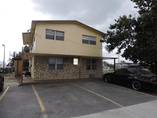 955 W Palm Beach Road 1, South Bay, FL 33493