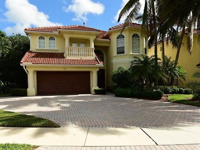 726 Sandy Point Lane, North Palm Beach, FL 33410