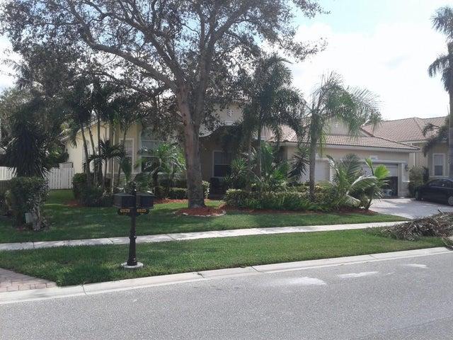 6925 Finamore Circle, Lake Worth, FL 33467