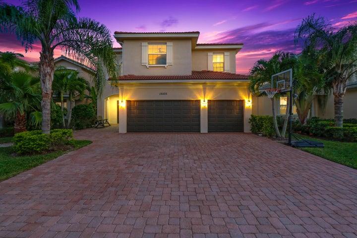 12205 Aviles Circle, Palm Beach Gardens, FL 33418