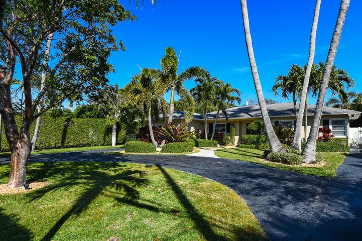 1401 N Swinton Avenue, Delray Beach, FL 33444