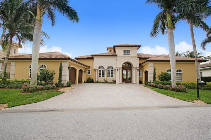 19000 SE Reach Island Lane, Jupiter, FL 33458