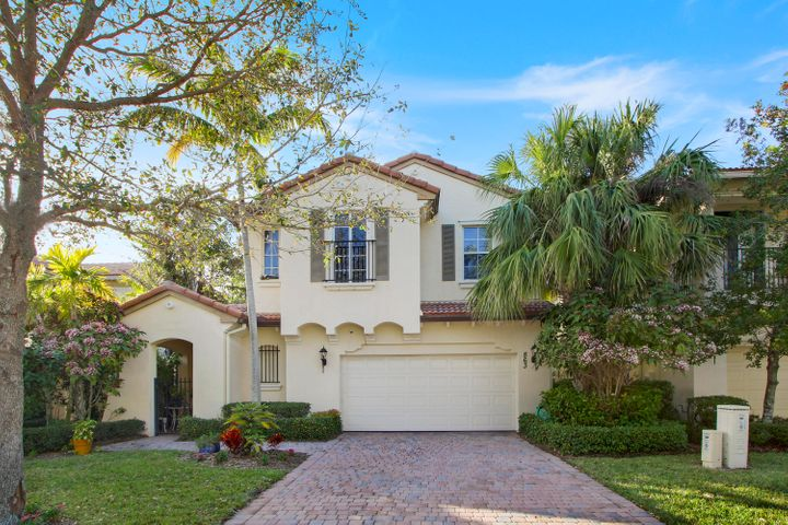 863 Taft Court, Palm Beach Gardens, FL 33410