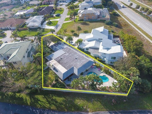491 N Lyra Circle, Juno Beach, FL 33408