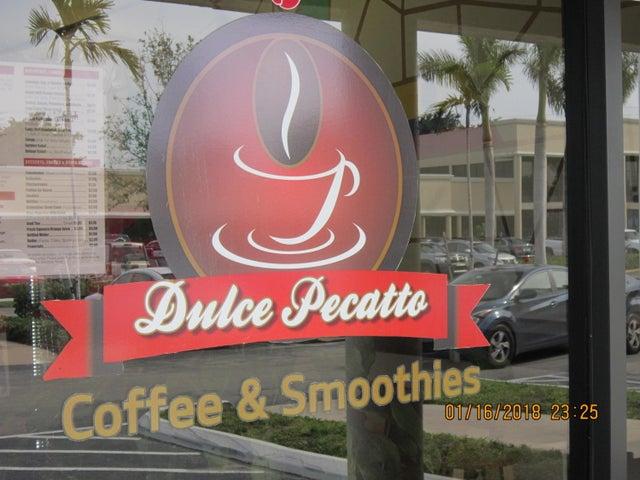 4047 Okeechobee Boulevard 207, Palm Beach, FL 33480