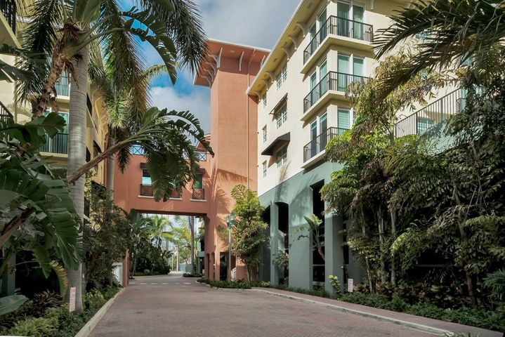 IN THE HEART OF DOWNTOWN DELRAY BEACH