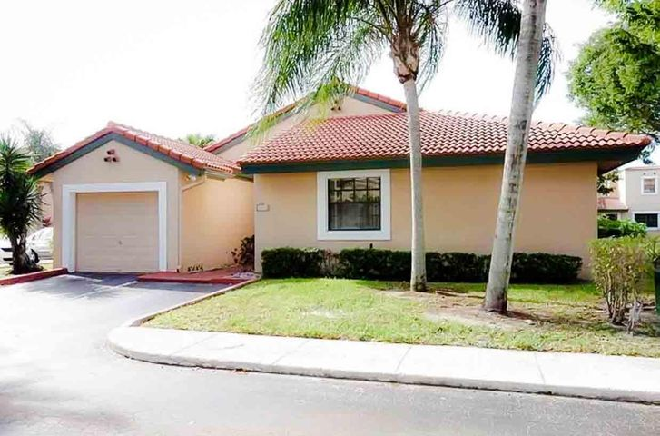 8989 W Sunrise Boulevard, Plantation, FL 33322