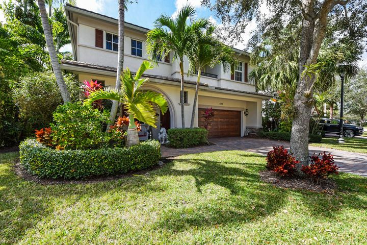 830 Madison Court, Palm Beach Gardens, FL 33410