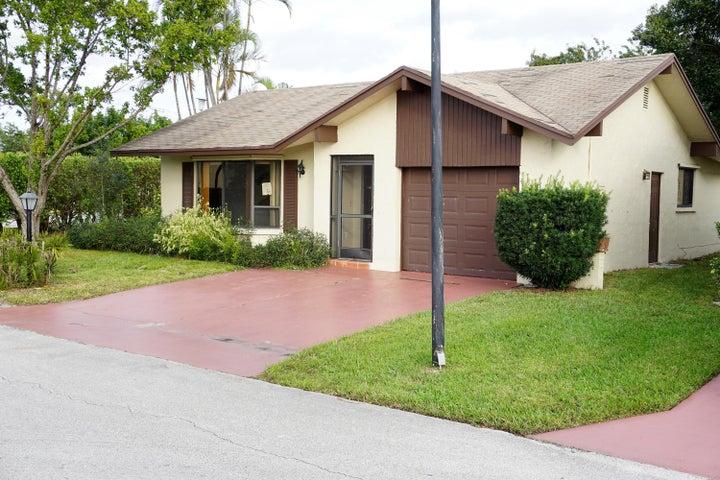 1516 SW 19th Avenue, Deerfield Beach, FL 33442