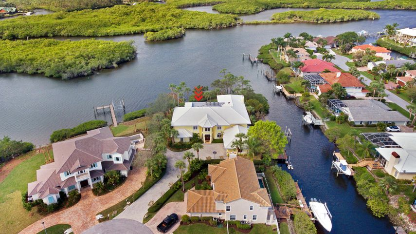 8818 SE Riverfront Terrace, Tequesta, FL 33469