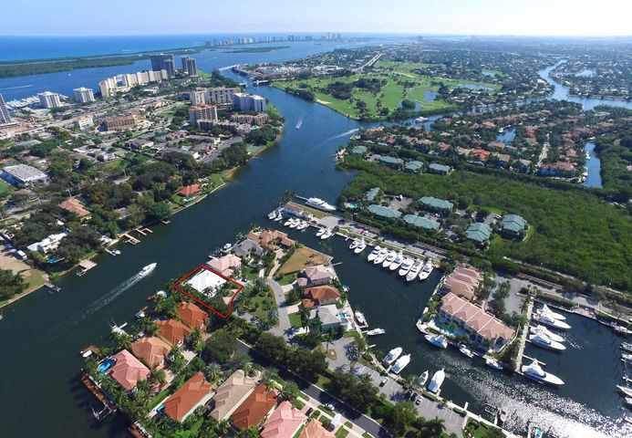 701 Harbour Point Drive, North Palm Beach, FL 33410