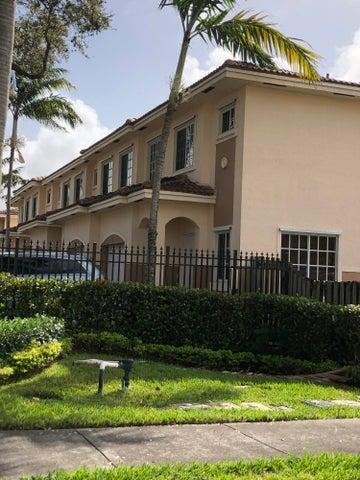 723 SW 6th Street 8, Hallandale Beach, FL 33009