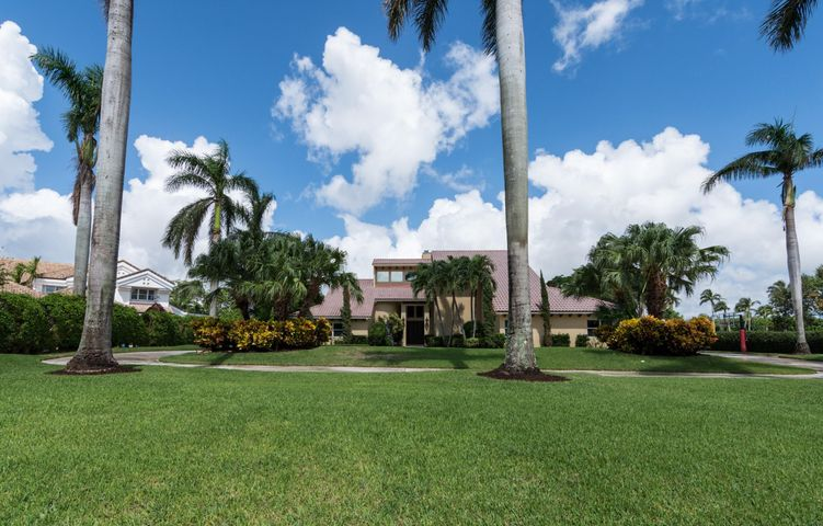 17680 Fieldbrook Circle N, Boca Raton, FL 33496