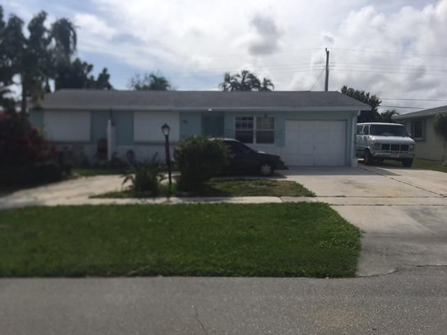 3320 Capri Road, Palm Beach Gardens, FL 33410