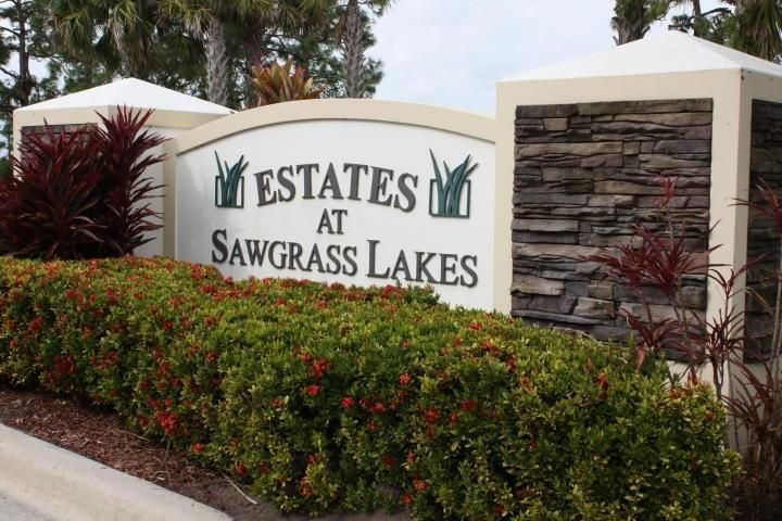 466 SW Vista Lake Drive, Port Saint Lucie, FL 34953