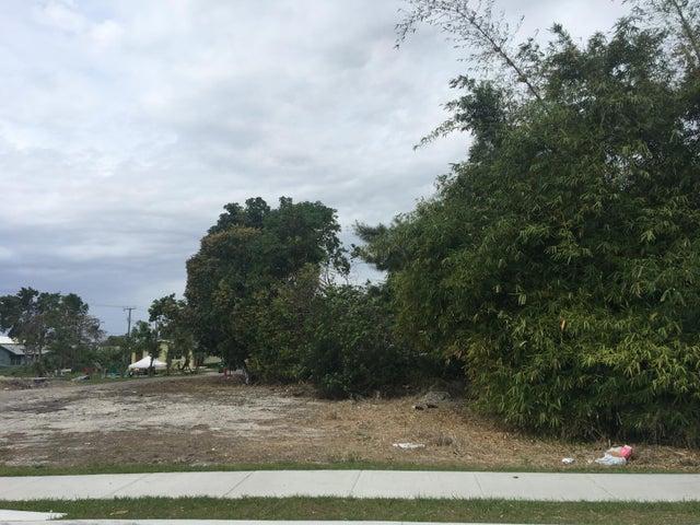 0 Beach Road, South Bay, FL 33493