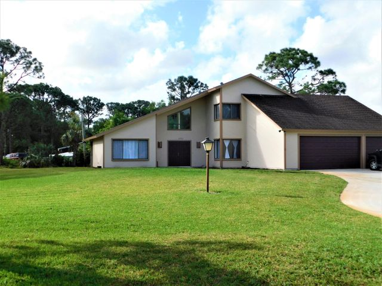 6752 149th Place N, Palm Beach Gardens, FL 33418