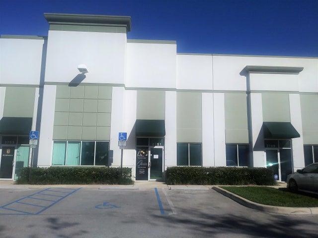 2751 NW 19 Street 2751, Pompano Beach, FL 33069