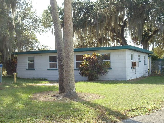 2835 Hammond Road, Fort Pierce, FL 34946