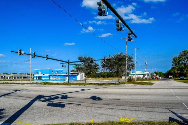 3500 S Us Highway 1, Fort Pierce, FL 34950