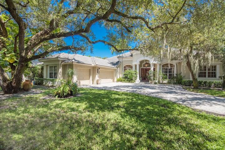 2444 Cardinal Lane, Palm Beach Gardens, FL 33410