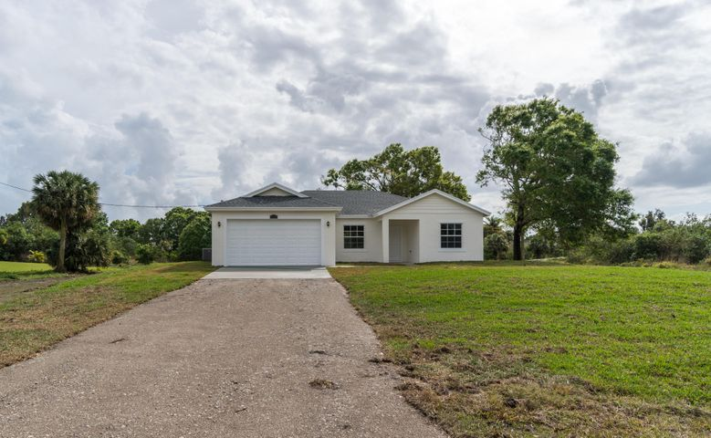 18888 N 43rd Road, Loxahatchee, FL 33470