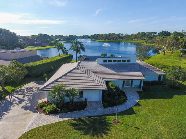 13225 Bonnette Drive, Palm Beach Gardens, FL 33418