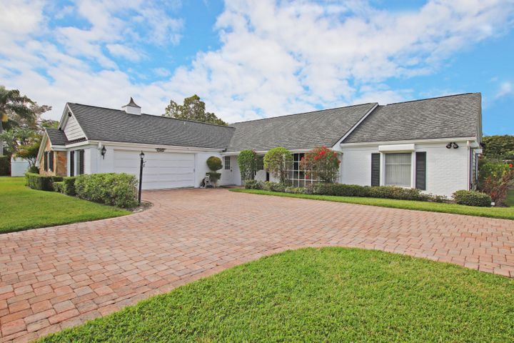 115 SE Turtle Creek Drive, Tequesta, FL 33469