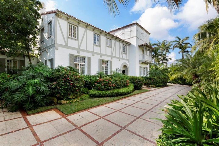 240 Jungle Road, Palm Beach, FL 33480