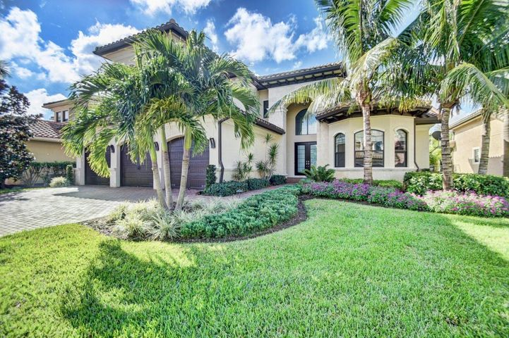 8269 Hawks Gully Avenue, Delray Beach, FL 33446