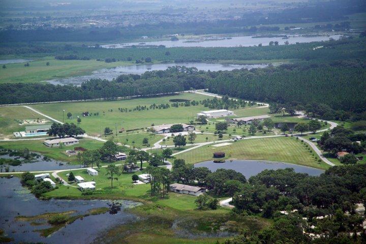 21725 County Road 33, Groveland, FL 34736
