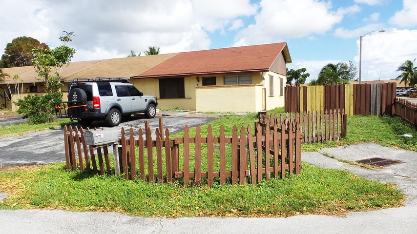 501 NW 43 Place, Deerfield Beach, FL 33064
