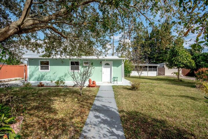 4685 Weymouth Street, Lake Worth, FL 33463