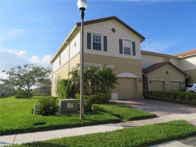 1073 Cheval Drive, Vero Beach, FL 32960