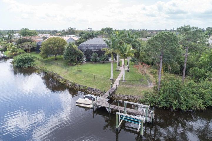 749 SE Portage Avenue, Port Saint Lucie, FL 34984