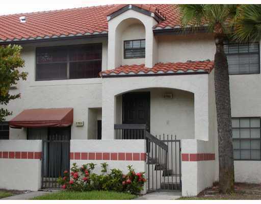 2706 Congressional Way -----, Deerfield Beach, FL 33442
