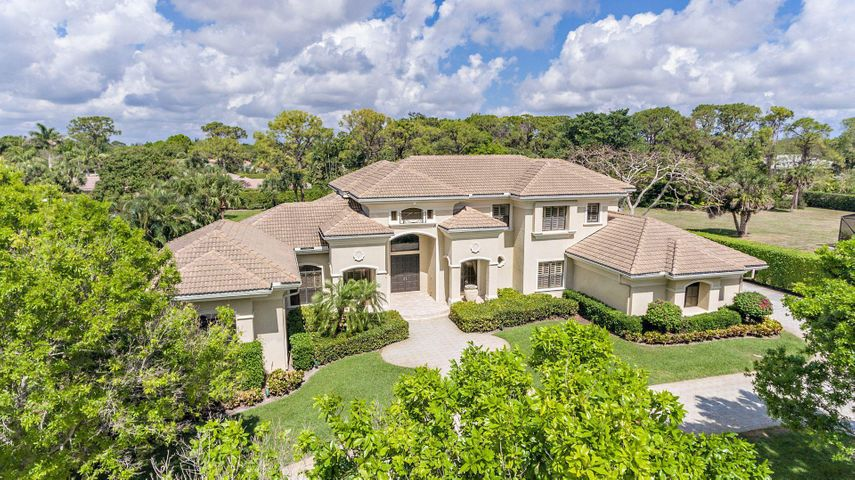 5717 Native Dancer Road S, Palm Beach Gardens, FL 33418