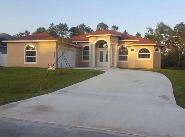 5551 NW Lundy Circle, Port Saint Lucie, FL 34953