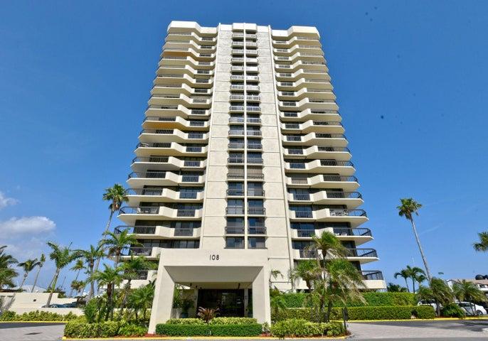 108 Lakeshore Dr building