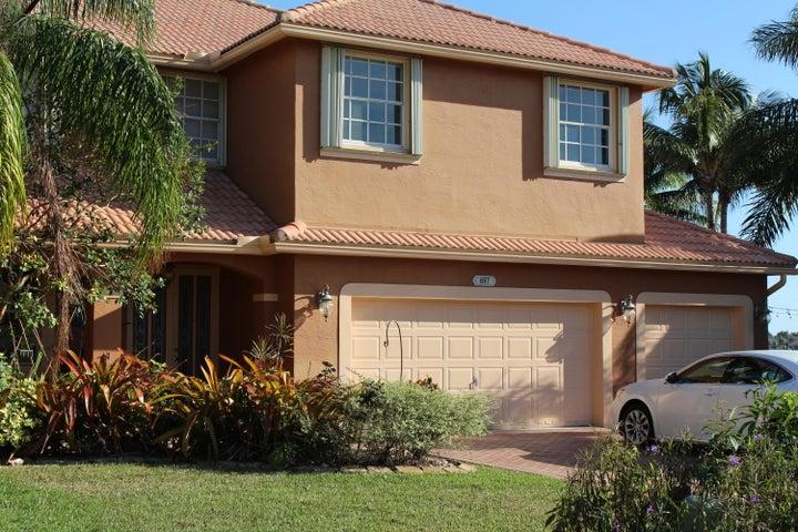 697 SW 168th Terrace, Pembroke Pines, FL 33027