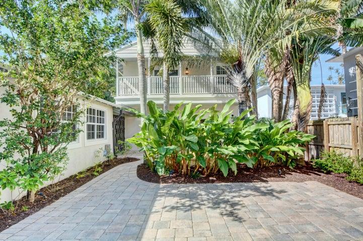 619 NE 13 Avenue, Fort Lauderdale, FL 33304