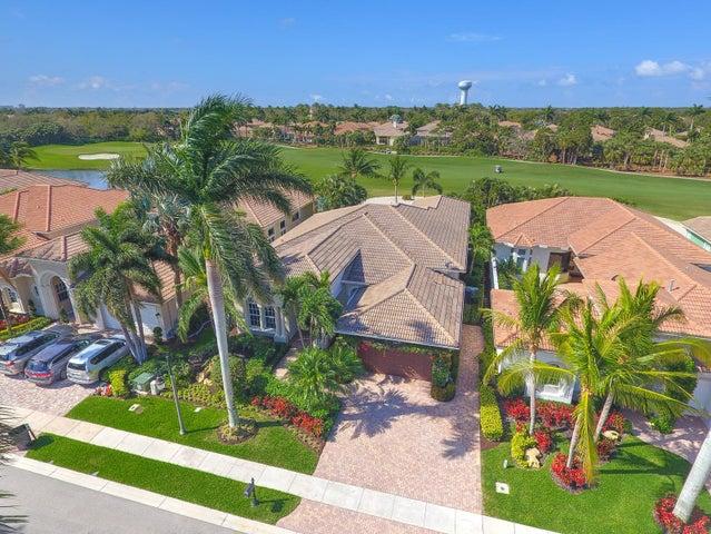 221 Montant Drive, Palm Beach Gardens, FL 33410