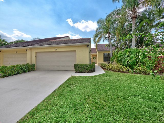 22 Edinburgh Drive, Palm Beach Gardens, FL 33418