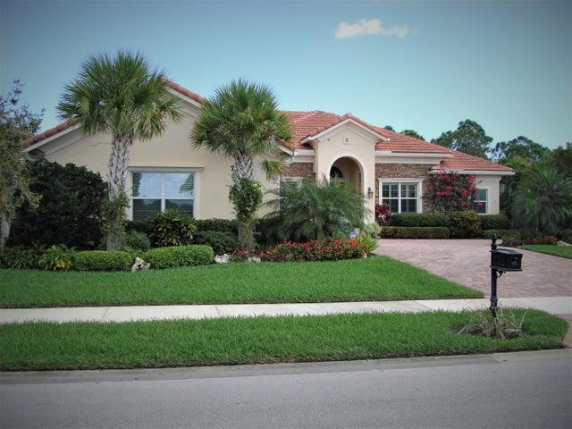 7325 SE Pierre Circle, Stuart, FL 34997