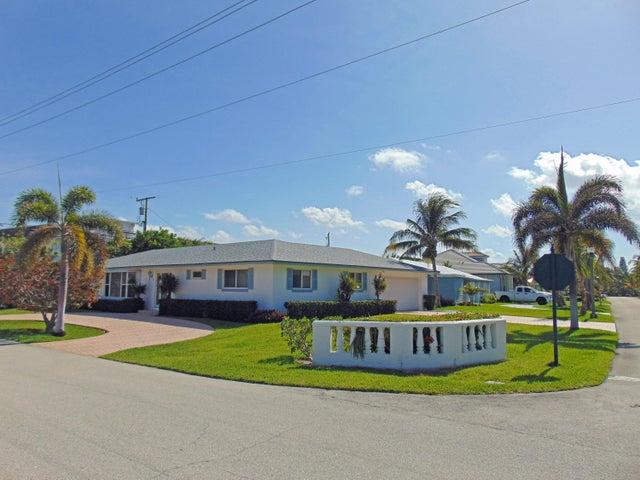 200 Linda Lane, Palm Beach Shores, FL 33404