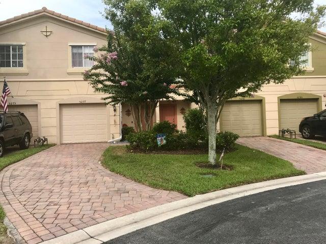 5277 SE Jennings Lane, Stuart, FL 34997