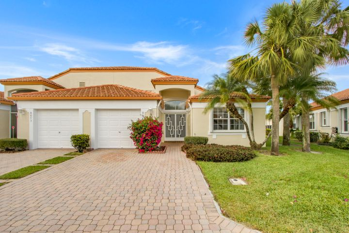 8049 Clear Shores Circle, Delray Beach, FL 33446