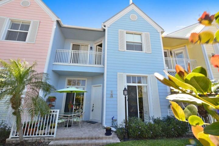 2820 Marina Circle, Lighthouse Point, FL 33064